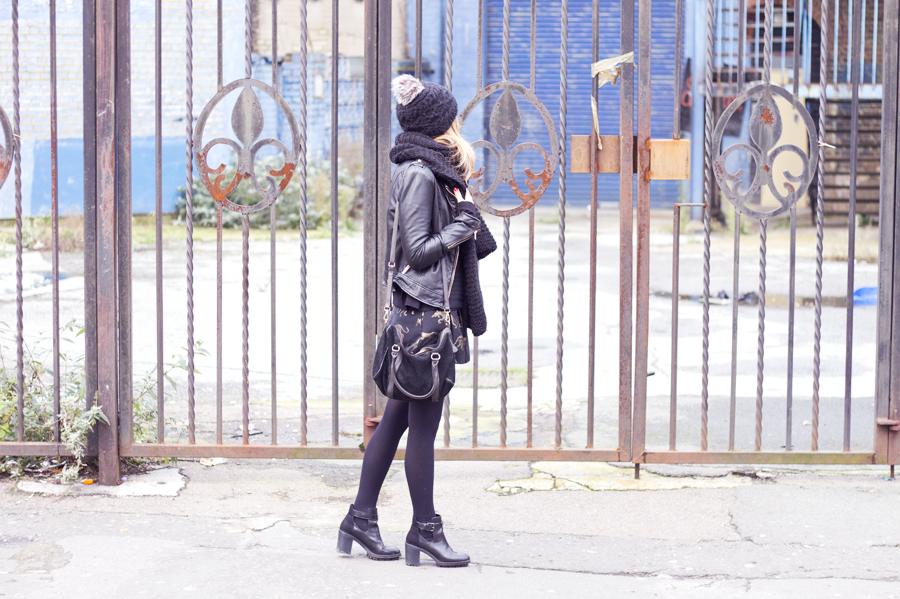 black_look11