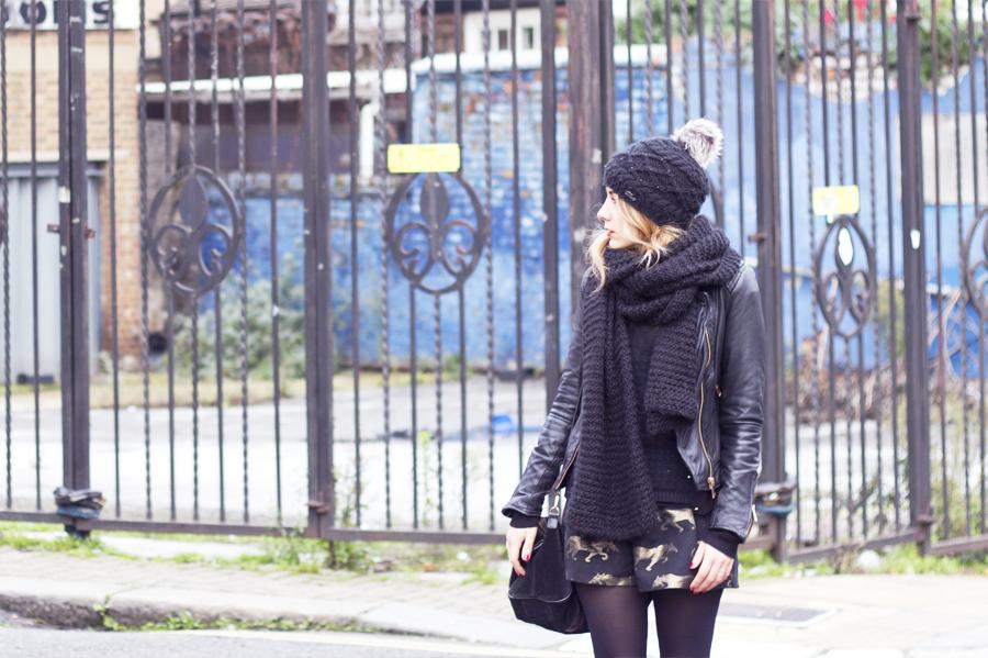 black_look2