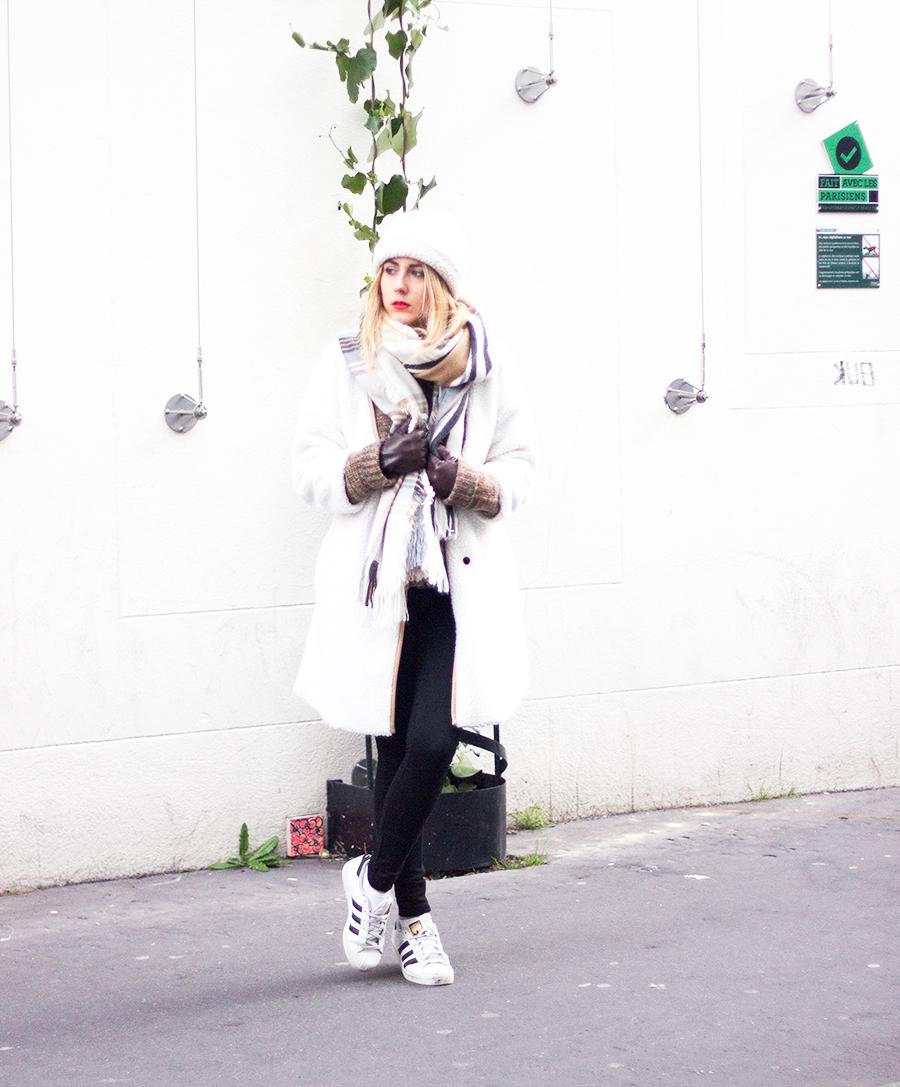 look-white19