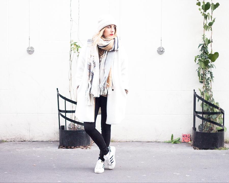 look-white23
